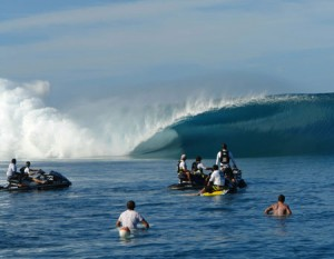 La vague de Teahupoo