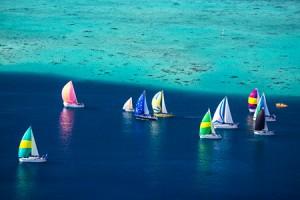 Défilé de voiliers colorés