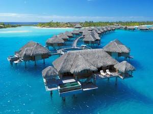 Bungalow sur pilotis avec piscine au Four Seasons