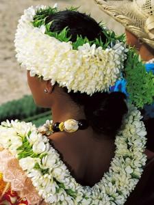 Parure florale © Tahiti Tourisme - P.Bacchet