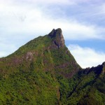 "Mont Mouaputa ""The pierced mountain"" - Moorea"